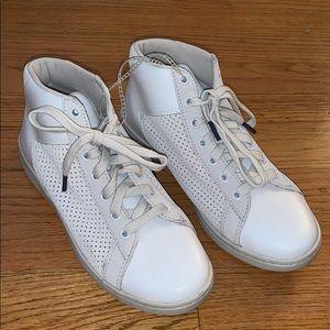 Brand new Ellen Degeneres sneakers!